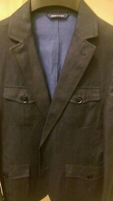 Barneys new York Navy blazer 38, 54% linen , 46% cotton. Unstructured design.