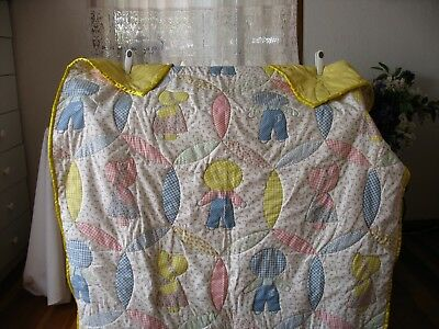 Baby quilt - hand quilted