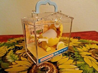 Sylvanian Families - Duckling in Egg Carriage