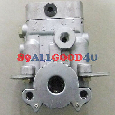 Pilot valve 7021604250 For Komatsu PC290-8 PC240-8 PC360-7 PC350-7 Travel Motor