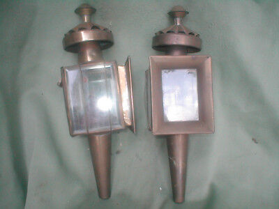 Pair of brass carriage lamps, with wicks, attractice pair of lamps.