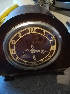 Vintage mantel wooden dark clock