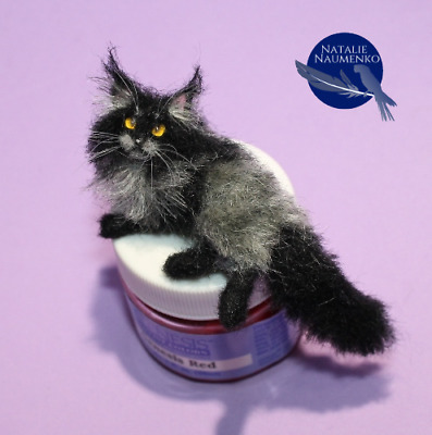 Handsculpted Maine Coon Cat Handmade OOAK Dollhouse 1:12 Miniature Realistic pet