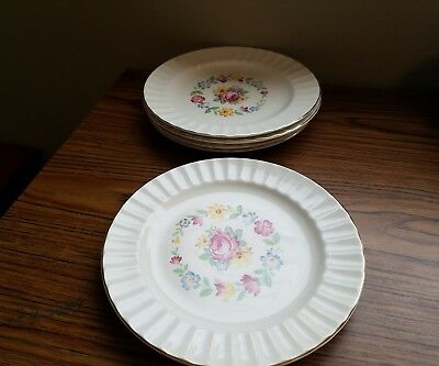 Edwin M. Knowles Set Of 5  Dinner Plates. Pattern  Kno40. Circa 1946.