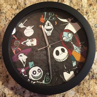 NIGHTMARE BEFORE CHRISTMAS WALL CLOCK BATTERY OPERATED 11 inch