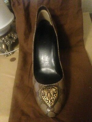 gucci shoes(womens 38 1/2) Brown with GG's/Dark brown