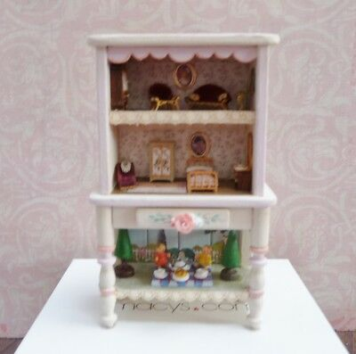 Gorgeous 1:144 Scale Miniature Cabinet