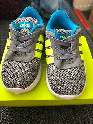 baby adidas trainers size 4