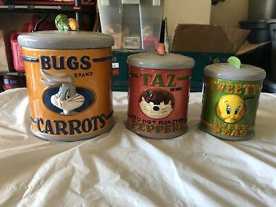 Looney Tunes Kitchen Containers 3 Set Bugs/Tweety/Taz