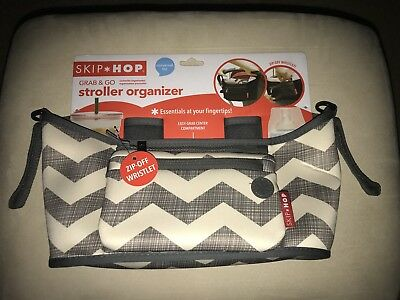 Skip Hop Grab And Go Stroller Organizer Gray & Tan Chevron Wristlet NEW (h25)