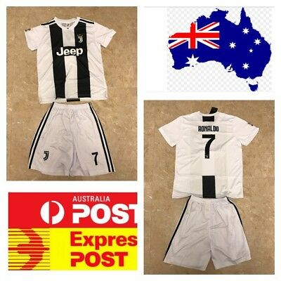 best website 66d7e 358ad CRISTIANO RONALDO JUVENTUS new jersey set