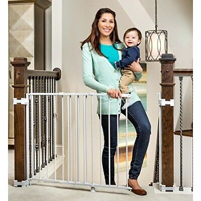 OPENED BOX Regalo Top Of Stairs Expandable Metal Gate, With Mounting Kit, White