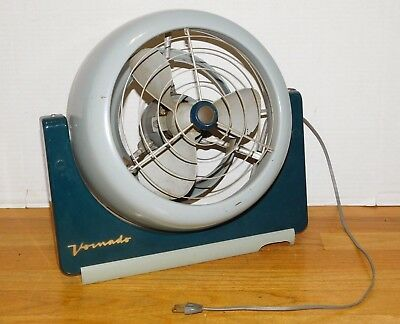 Vintage 1950's Vornado Mid Century Atomic Modern Industrial Table Desk Fan Retro