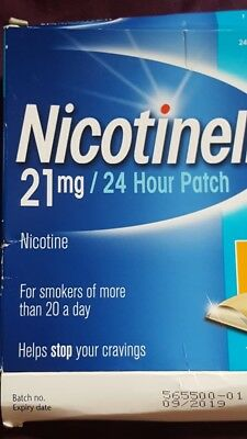 Selection of patches to stop smoking NiQuitin/Nicotinell 21patches in total .