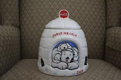 Coca-cola Igloo cookie jar displaying polar bears