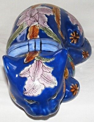 20th Century - Chinese Porcelain Hand Painted - Lucky Sleeping Cat