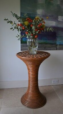 Unusual Mid Century Bamboo Rattan Column Hall Sculpture Stand Side Lamp Table