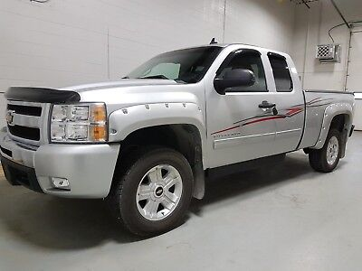 Chevrolet: Silverado 1500 LT 2011 Chevrolet Silverado LT with GoShiChi Wheelchair conversion