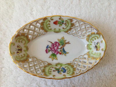 HEREND Queen Victoria hand-painted oval basket dish 24k gold trim #7394/VBO MINT