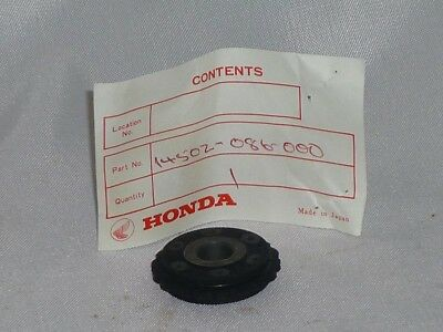 Honda cam chain roller, fits AT70