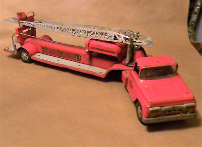 Vintage TONKA 1960s Fire Truck Red Ladder Truck No 5 Pressed Steel TFD Hydraulic