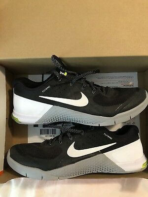 promo code 46b9a 899be New Mens Nike Metcon 2 Crossfit Training Shoes Size 10 Black White Wolf Grey