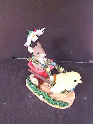 Charming Tails 88/100 CHICKIE CHARIOT RIDE Mouse Chick