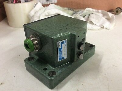BALLUFF 2 POSITION Limit Switch, BNS 519-D2 D16-100-10, Used, Warranty