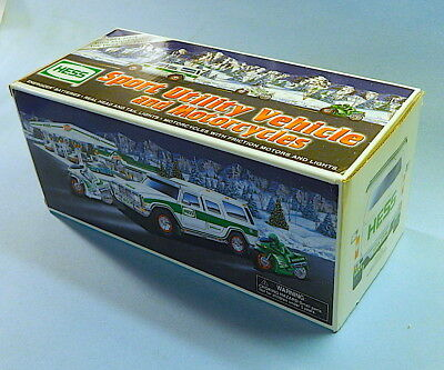HESS TRUCK 2004 SUV & 2 Motorcycles MINT IN BOX sport utility vehicle
