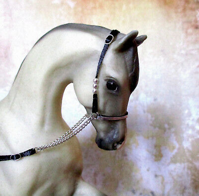 Silver Plate Beaded Arabian Show Halter for 1:9 (Breyer Traditional) Model Horse