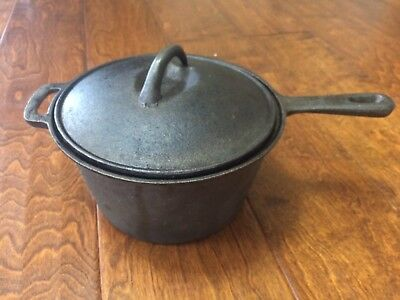 """Vintage Cast Iron 8"""" x 4""""  Flat Bottom Sauce Pan Pot with Lid and handle"""