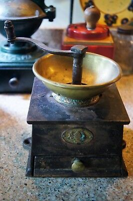 Antique A Kendrick & Sons Cast Iron English Coffee Grinder Mill Signed 1800s
