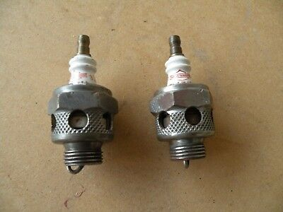 Harley Davidson SPARK PLUGS Air Cooled, Red, Number 3 one pair nice condition