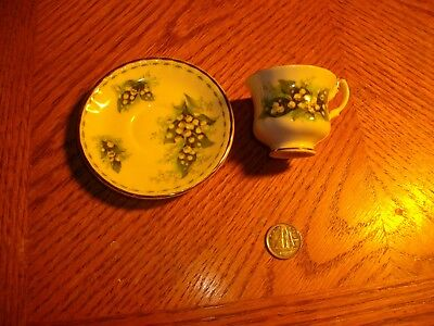 royal albert flower  month series miniature cup saucer 1970 may lily of  valley