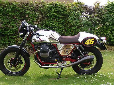 Stunning 2014 Moto Guzzi V7 Racer In Mint Condition With Just 1098 Miles