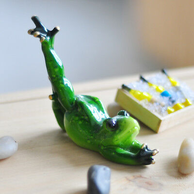 Creative Resin Yoga Frogs Figurine Animal Crafts Home Sculpture Dolls E