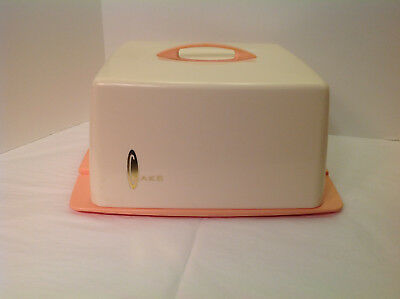 Pink Rubbermaid Cake carrier saver cover Mid-Century plastic