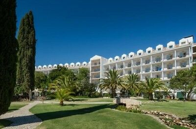 Golfing holiday in the Algarve