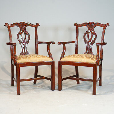 Beautiful pair of Traditional English Chippendale Arm Chairs in Mahogany