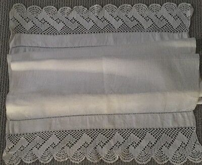 Vintage-Hand-Embroidered-Crochet-Lace-Linen-Table-Tray Centre Cloth