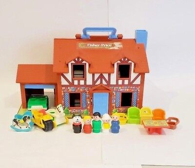 Vintage 1980 Fisher Price Dollhouse w Accessories Little People #952 Brown Tudor