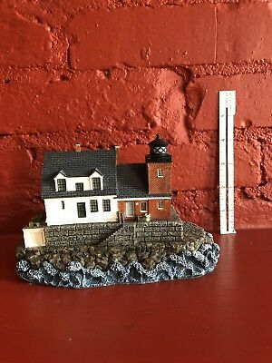 Rockland Breakwater Lighthouse. Harbour Lights #248. Younger & Associates