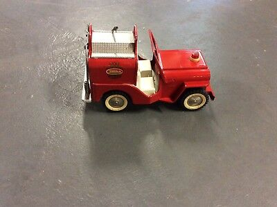 Vintage Tonka toy jeep fire truck,excellent conition,missing steering wheel