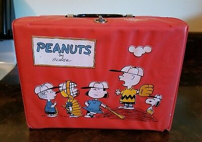 Vintage Thermos Brand Peanuts Charlie Brown Lunchbox- 1965- Excellent Condition!