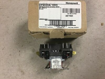 Honeywell DP2030A 1003 Definite Purpose Contactor With 24 Volt Coil-NIB