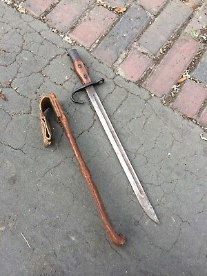 WWII Japan Japanese Bayonet Fixed Blade Fighting Knife Rare Rubber Scabbard