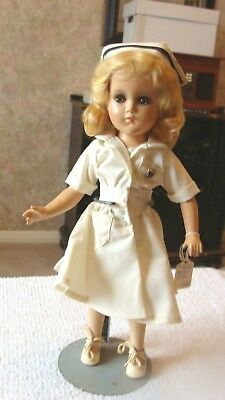 "REDUCED!! - Vintage Madame Alexander ""NURSE"" hp Margeret face 14"" doll 1948"