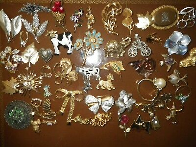 Huge Lot *51 Brooches Pins Varied Sizes, Shapes, Styles & Colors
