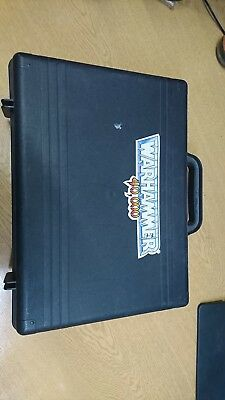 Small Warhammer model carrying case