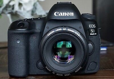 Canon EOS 5D Mark IV 30.4MP Digital SLR Camera, Black (Body Only) MINT CONDITION